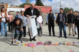 Municipio y Grupo Radio México colectan juguetes para dibujar  una sonrisa en niñas y niños de la capital