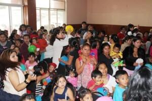 Con espectáculo músical, celebra DIF Municipal a la niñez oaxaqueña el Día de Reyes Magos