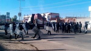 Retira Policía Estatal bloqueos carreteros