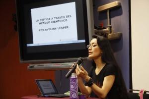 """Inicia en la Dirección de Arte y Cultura de la UABJO Seminario """"¿Cómo escribir crítica de arte?"""" con Avelina Lesper"""