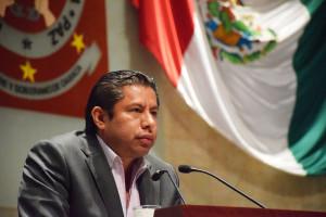 Pide el diputado Adolfo García Morales no discriminar a personas que hablen lengua indígena