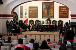 Cabildo capitalino turna a comisión petición de sindicato municipal.